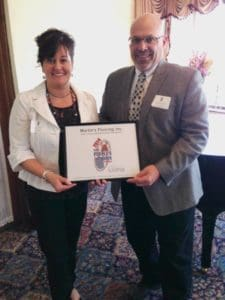 Barb and Mike Martin accept 2014 peoples choice award