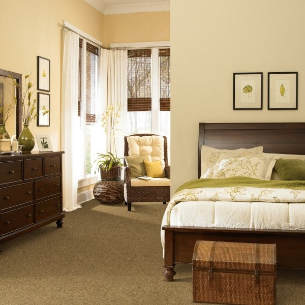 Choosing Your Bedroom Carpet  CnNzLTAtcEthSzVZ: The Benefits Of Choosing Carpeting For Your Home