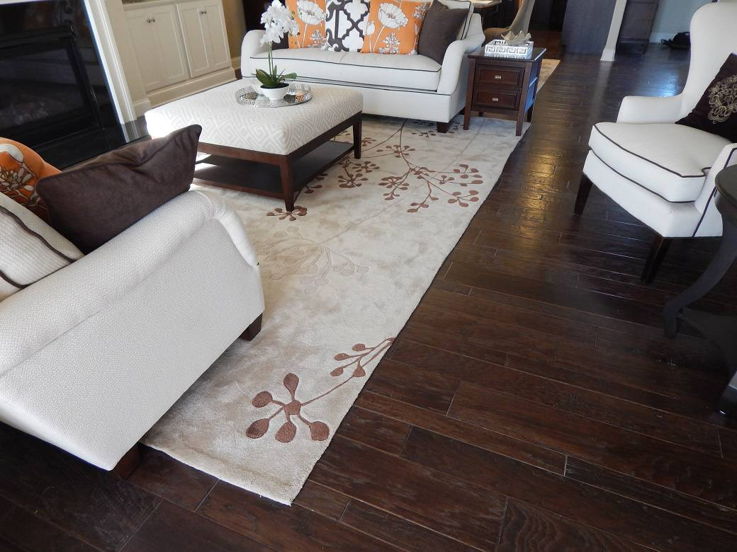 Add Style With An Area Rug Martins Flooring