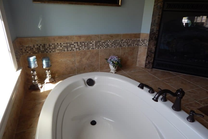 Tile around Tub